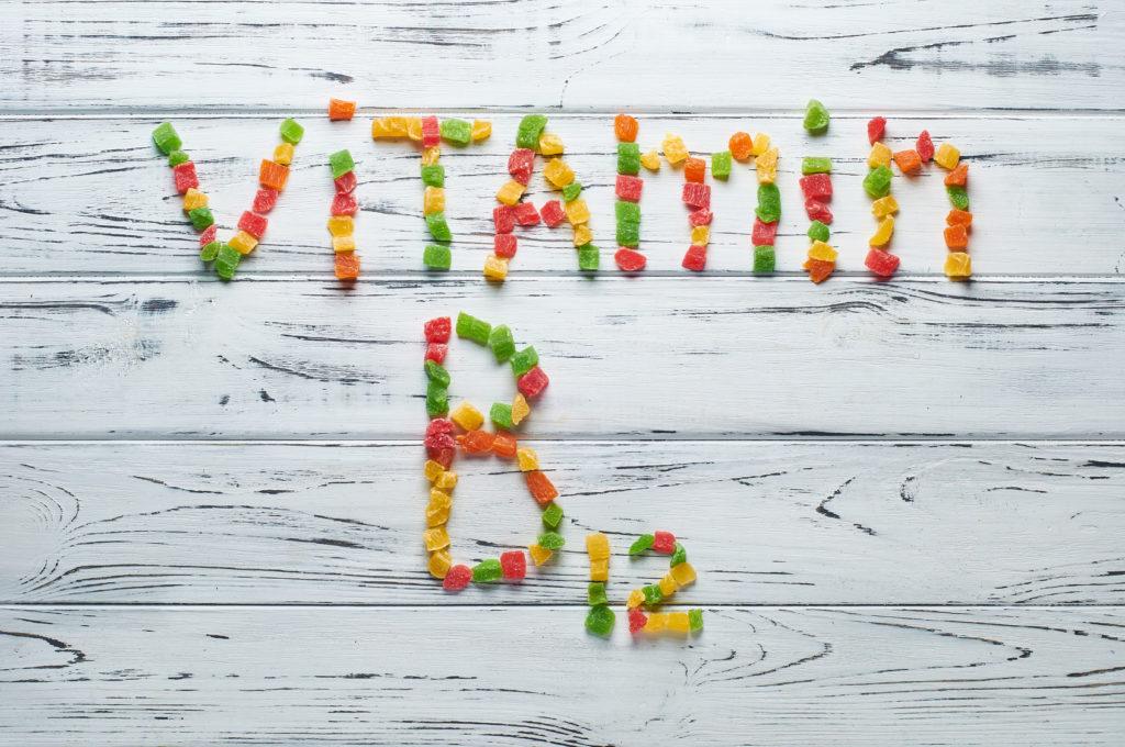 słowo witamina B12